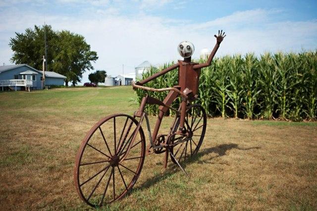 A cool bike sculpture built by an Iowa farmer